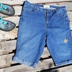 Sonoma Shorts - Sonoma Denim Size 14 Life & Style Shorts